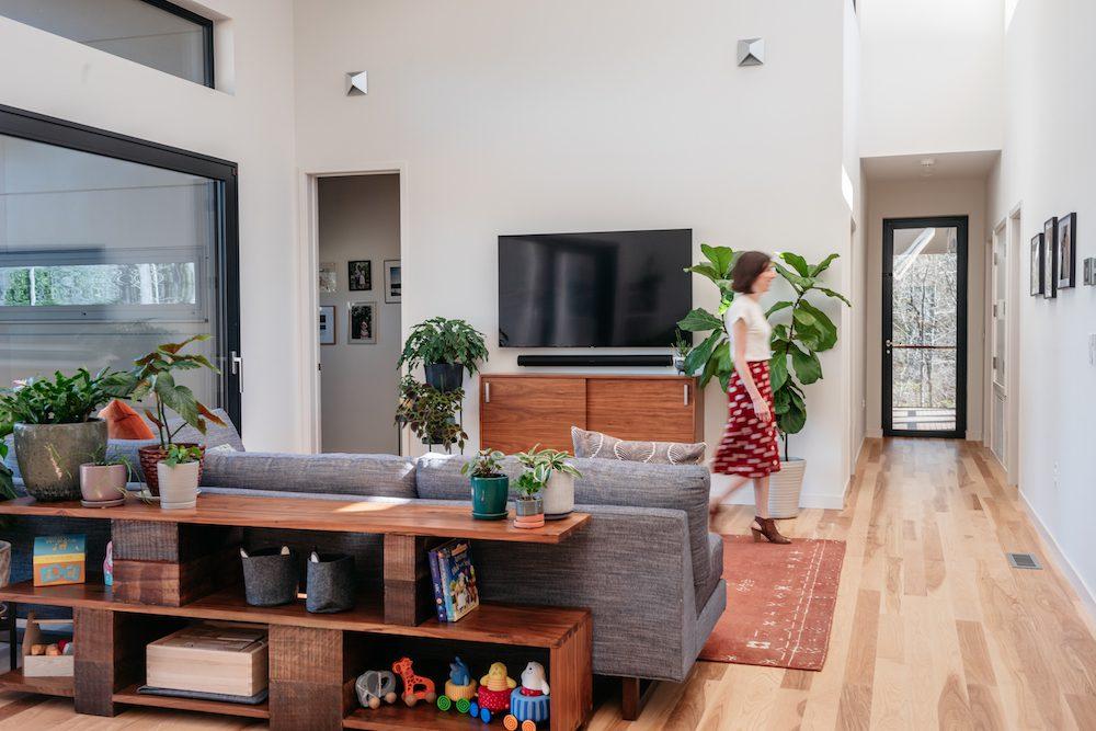 Dori Living Room Walk The Baboolal Residence Chapel Hill Magazine John Michael Simpson