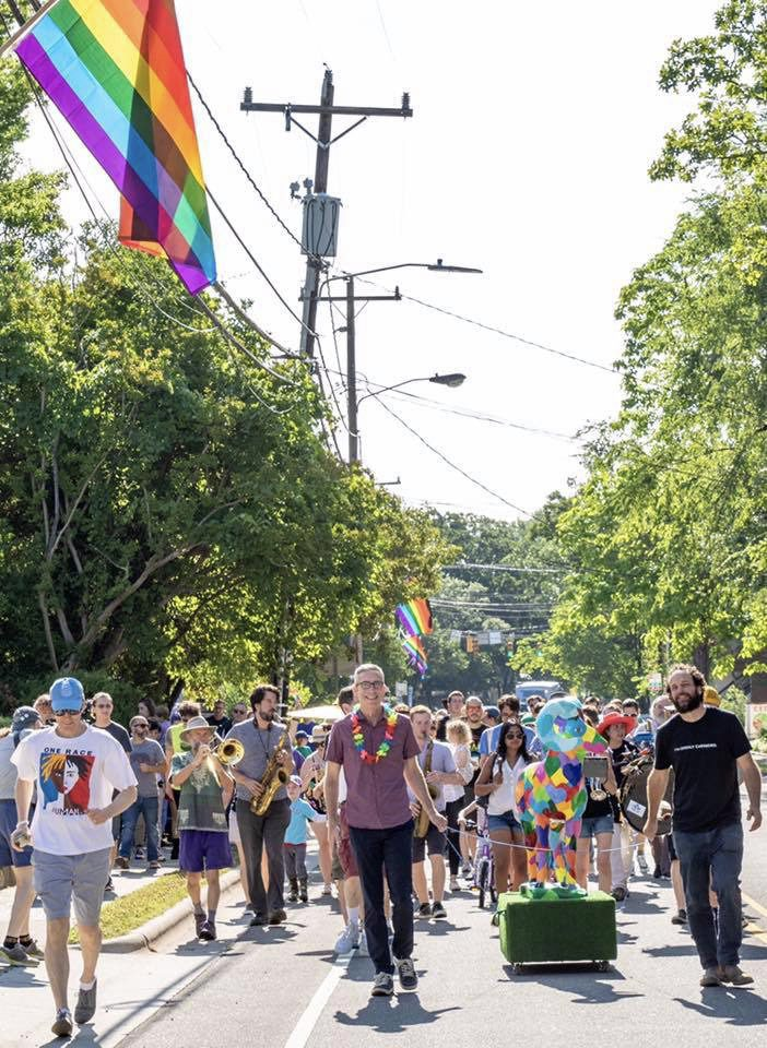 Weekend at a Glance: Picnics, Pride and Prosecco