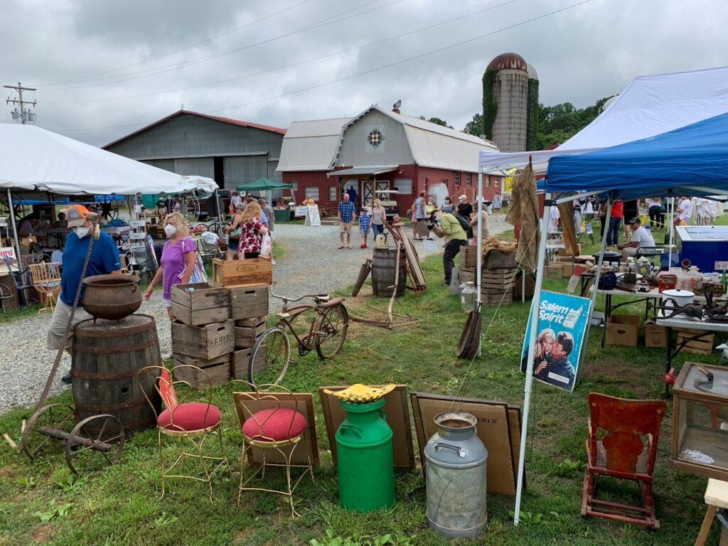 weekend antique festival